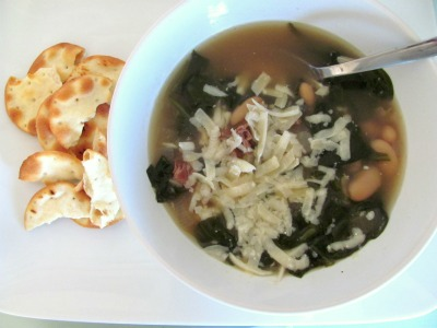 White Bean and Spinach Soup {makes about 5 servings}