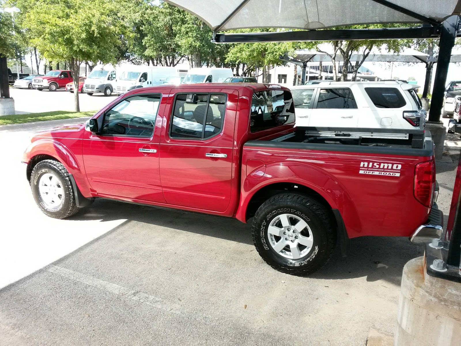 2007 Nissan Frontier 4X4 hd image