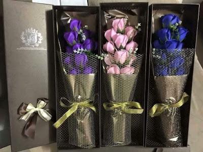 Hoa hồng sáp thơm có giá khá chát khi về Việt Nam