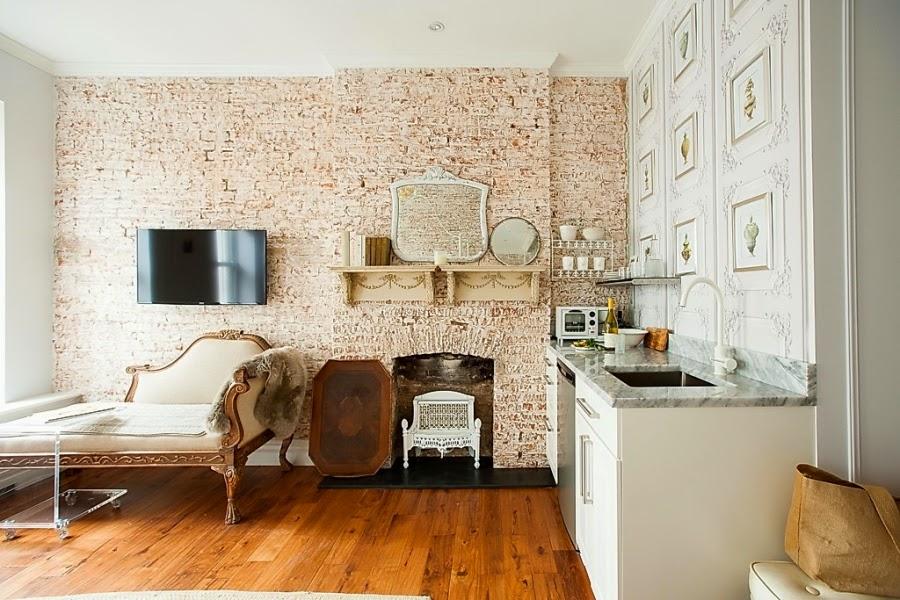 wystrój wnętrz, wnętrza, urządzanie mieszkania, dom, home decor, dekoracje, aranżacje, białe wnętrza, ceglana ściana, styl francuski, shabby chic, kuchnia