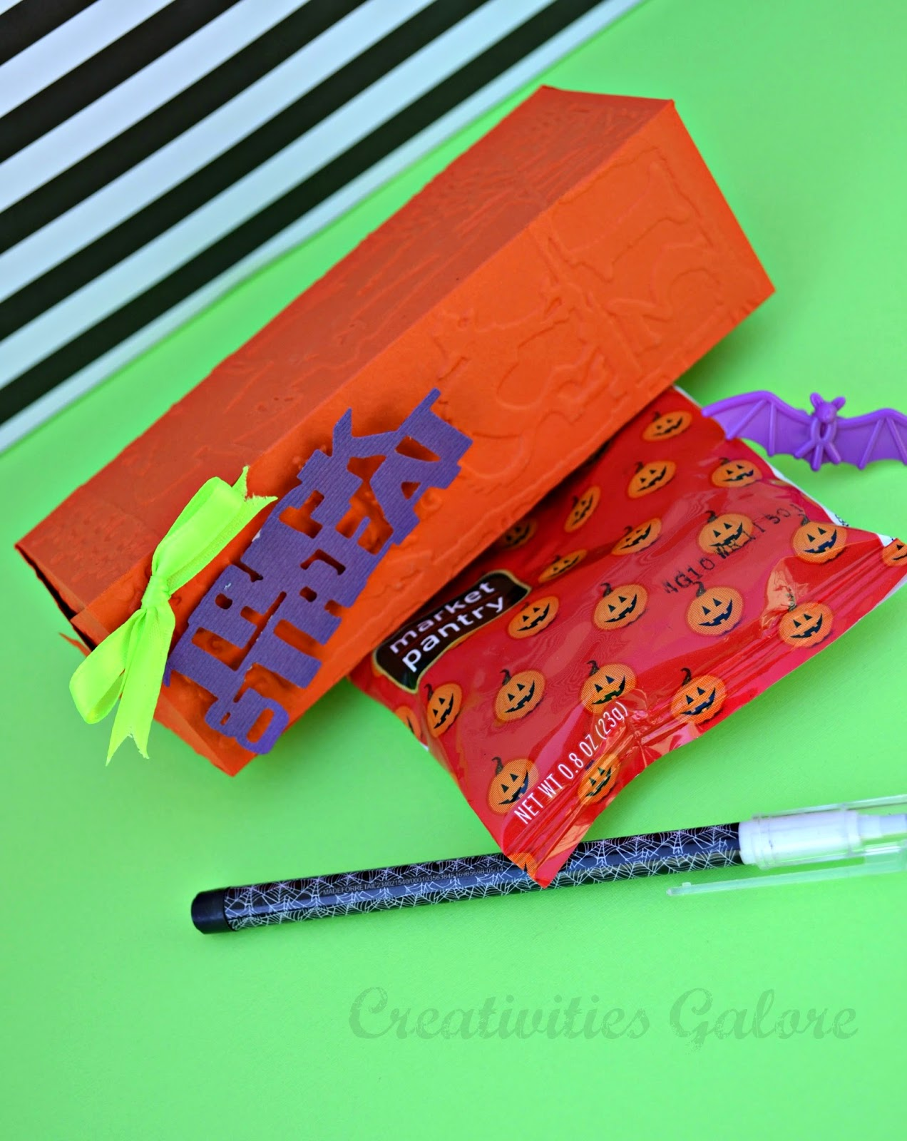 Creativities Galore: Sizzix DIY Halloween Treat Box