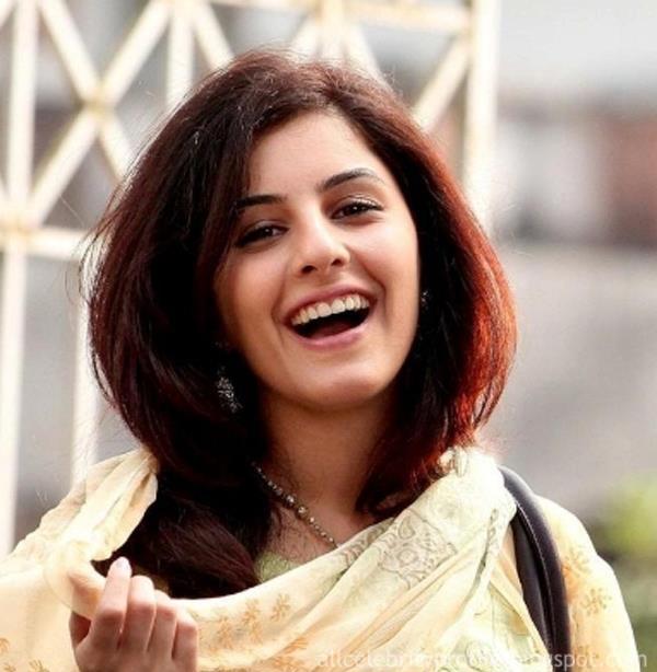 Isha Talwar Profile