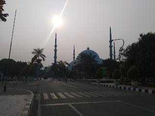 masjid raya al alzhom tangerang