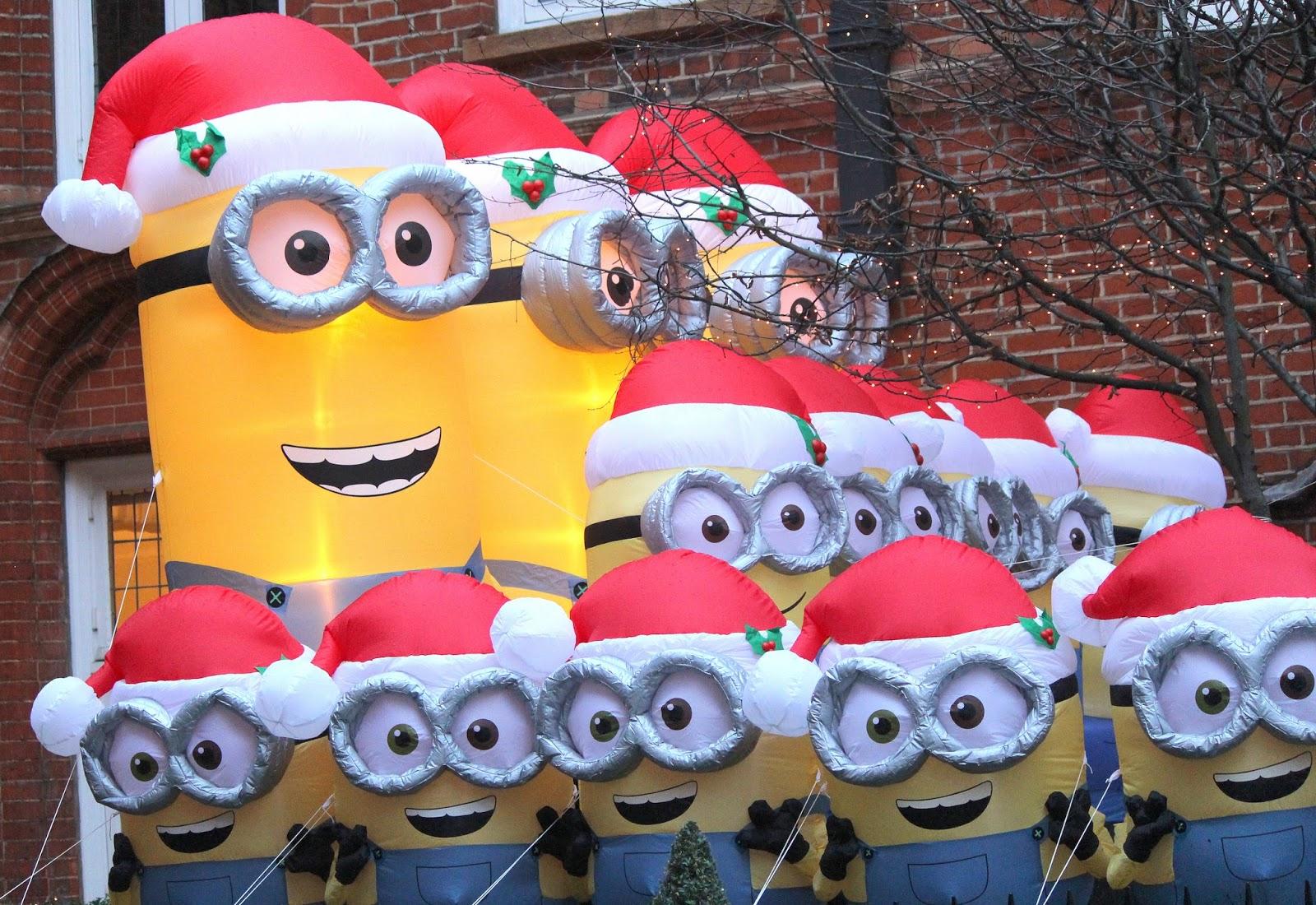 minions at christmas