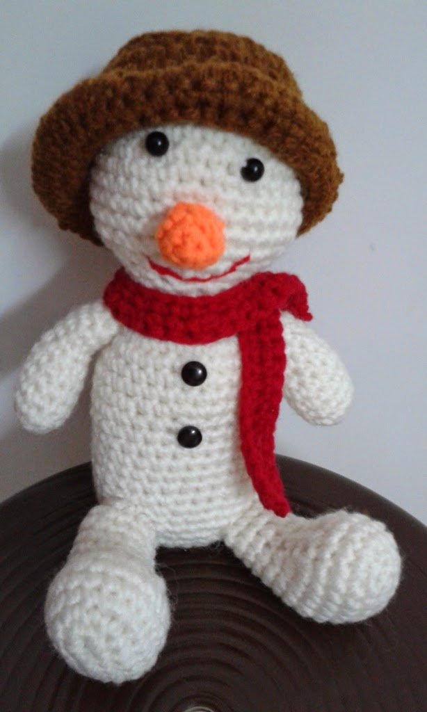 Crochet Patterns Free Snowman : Free Snowman Amigurumi Pattern ~ Free Crochet Patterns