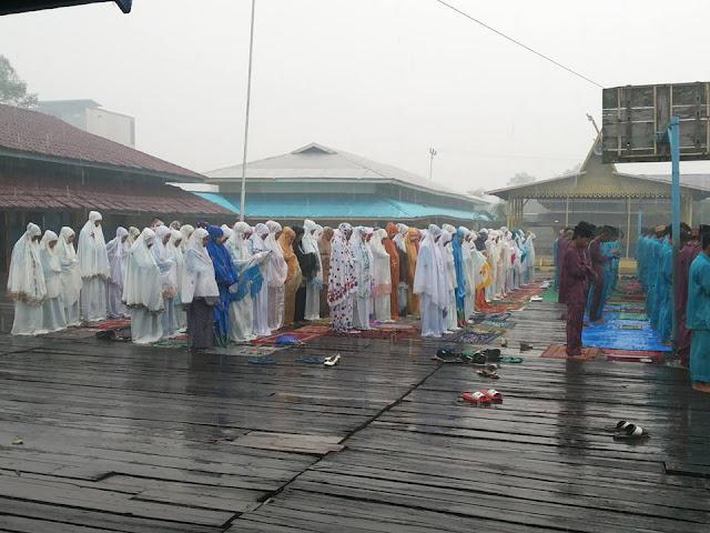 Ketika Shalat Istisqa Diijabah, Pekanbaru Akhirnya Diguyur Hujan