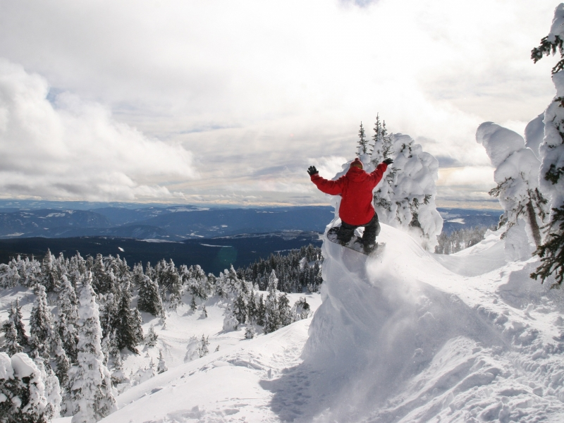 papel de parede Snowboard nas montanhas