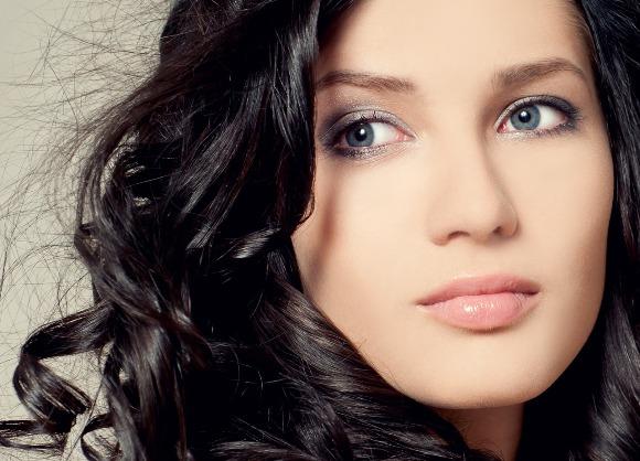 Девушки с серыми глазами