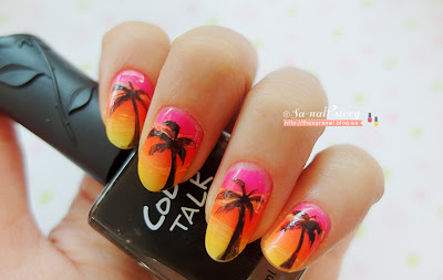 Gradation Palm Tree nail art
