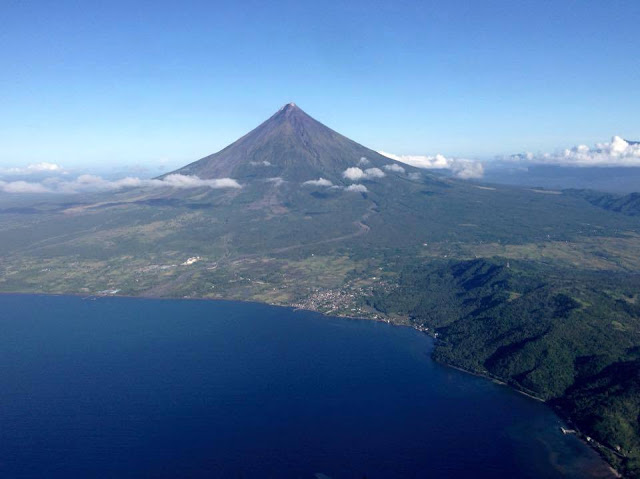 Albay Gulf. Photo by Stephen Poot Guanzon
