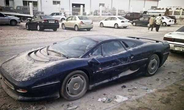 أفخر وأغلى السيارات الفارهة مهجورة ومهملة في دبي