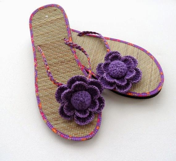 https://www.etsy.com/listing/155272359/crochet-flower-clips-sandal-clips-flip?ref=favs_view_6