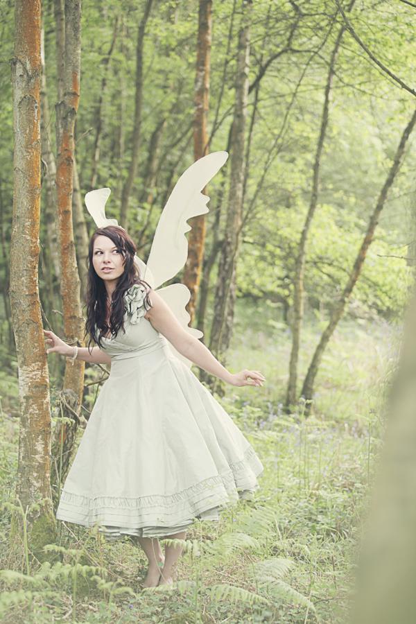Interesting fairy woodland wedding decor inspirations for Woodland fairy wedding dress