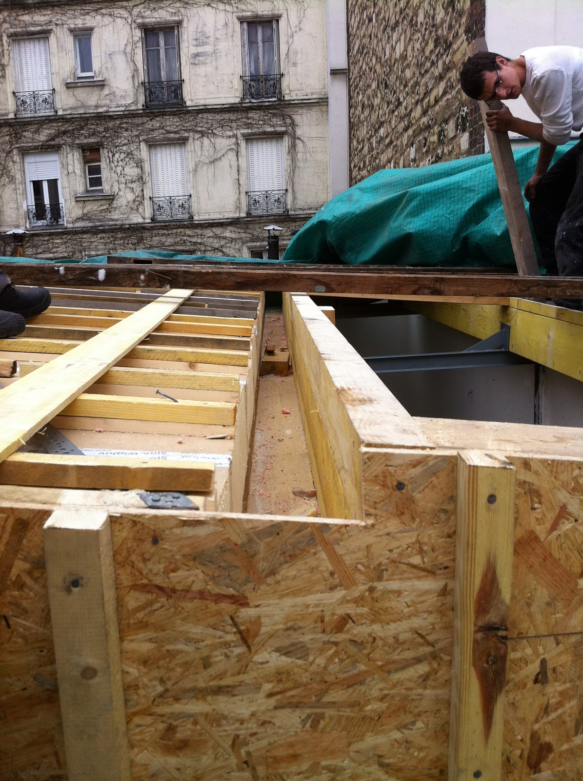le chantier 65 ch neaux et descentes des eaux pluviales. Black Bedroom Furniture Sets. Home Design Ideas