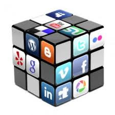 tetap santun di media sosial