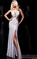 Изрязана секси рокля през врата с голяма цепка в бяло и сребърно, дизайнер Tony Bowls