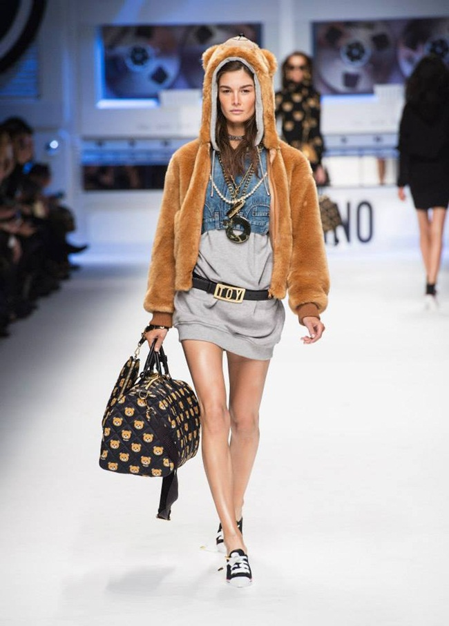 Moschino 2015 AW Teddy Bear Hooded Faux Fur Bomber Jacket on Runway