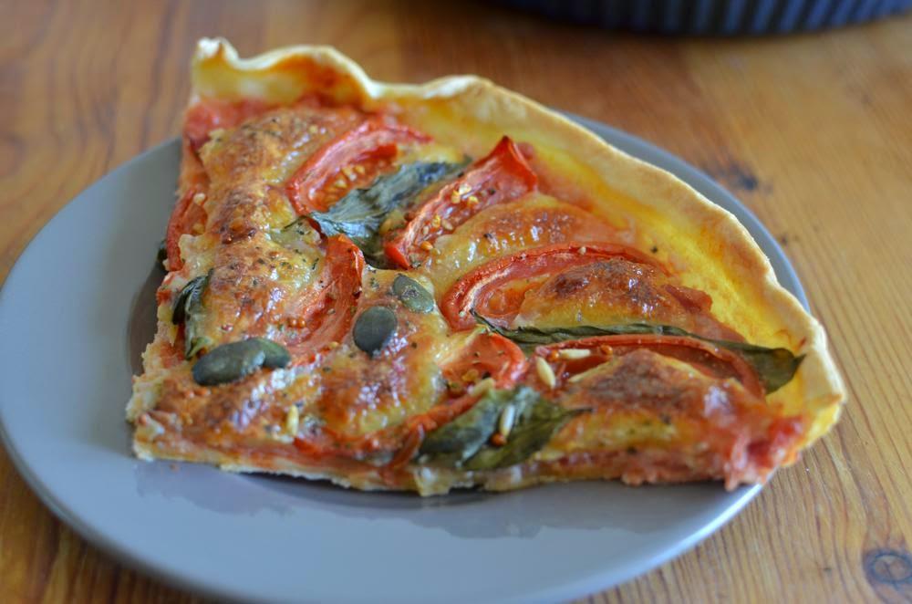 Recipe Pie Tomato Mozzarella Basil
