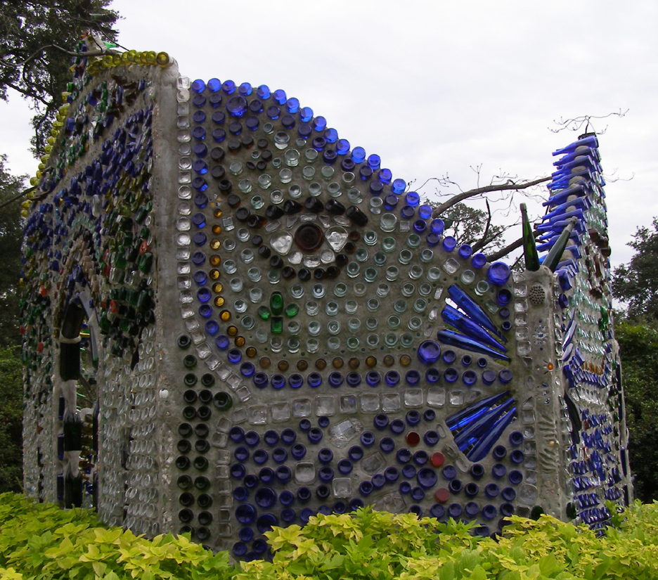 How to recycle intriguing bottle houses and walls - How to recycle glass bottles ...