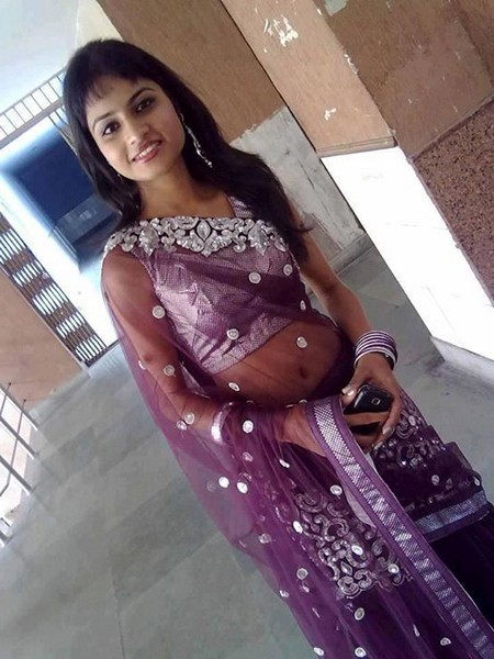 Beautiful Girls Pictures : Cute Simple Indian Punjabi Girl H D ...