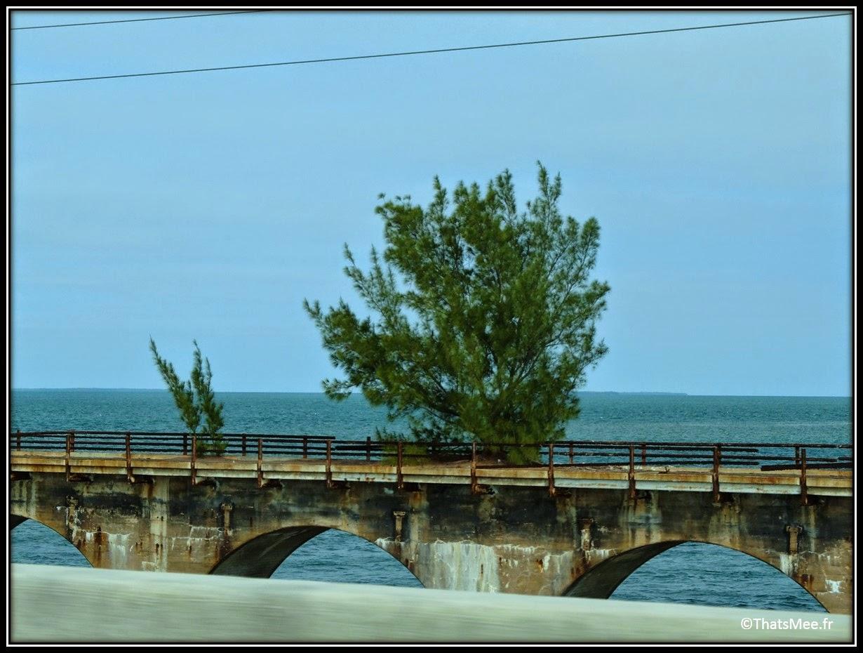 ancienne route pont Keys direction Key West Floride Miami