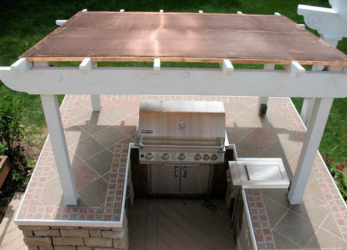 Various types of great outdoor kitchen roof ideas home for Outdoor kitchen roof structures