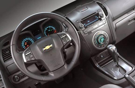 Nova S10 2013 interior painel