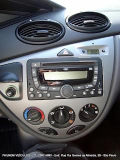 Ford Focus Hatch 2009 GLX 1.6 Flex - console central