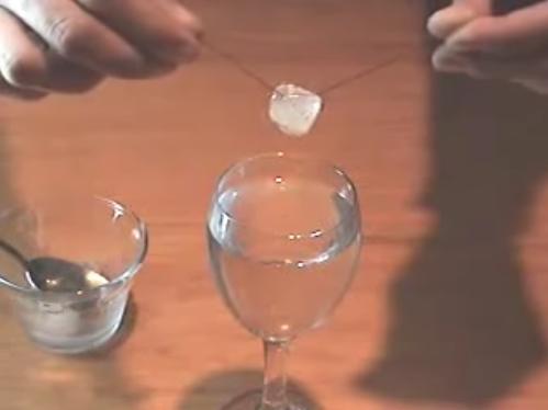 Experimentos caseros hielo sal hilo