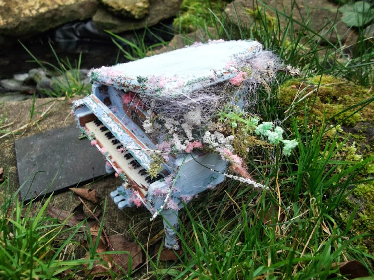 Magic musical Faerie Piano