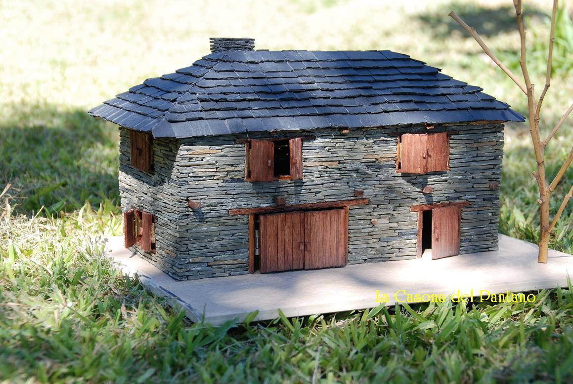 Casas de pizarra agosto 2011 - Casas en miniatura de madera ...