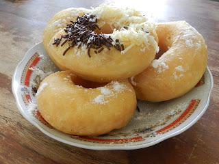 Donut Cenat Cenut