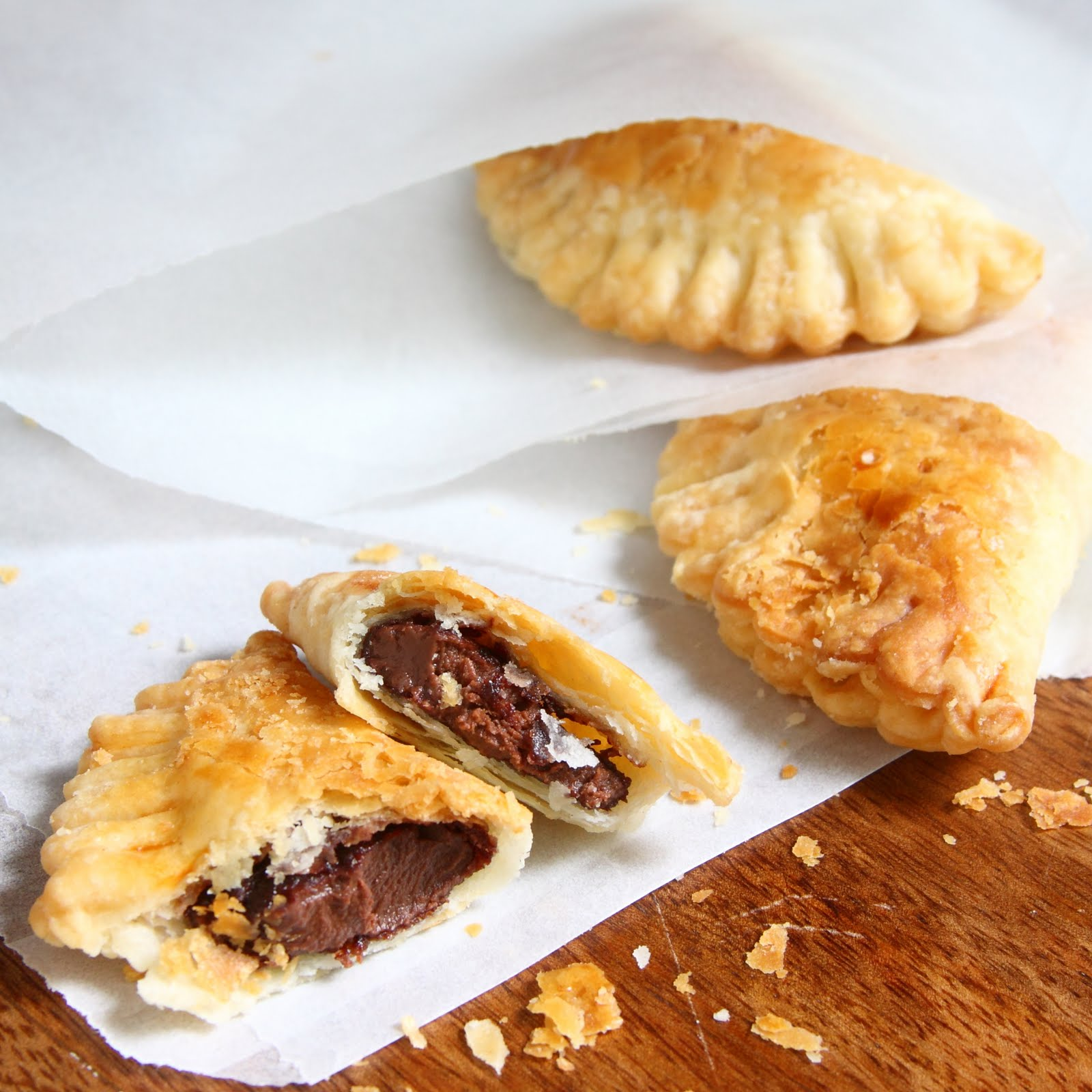 ShowFood Chef: Nutella Hand Pies - Flaky, Chocolate Mini Pies
