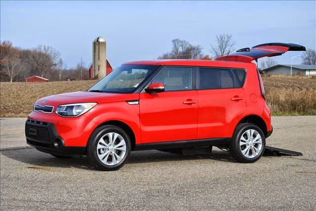 2014 2015 kia soul plus wheelchair accessible tha kia soul. Black Bedroom Furniture Sets. Home Design Ideas