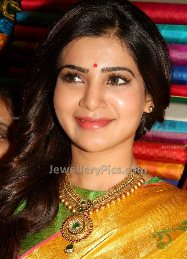 antique jewellery by samnatha ruth prabhu