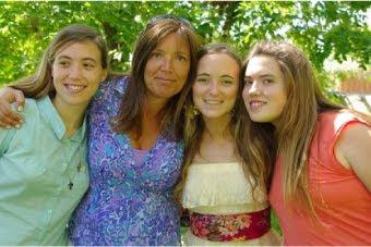 Angie y sus niñas