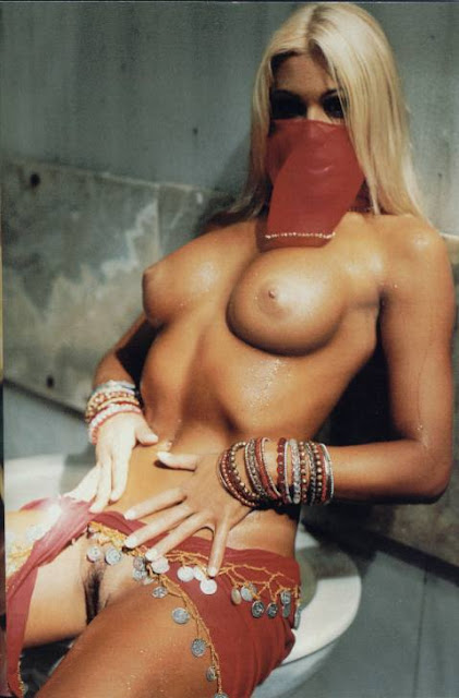 Joana Prado Playboy Blonde Hidding Pussy