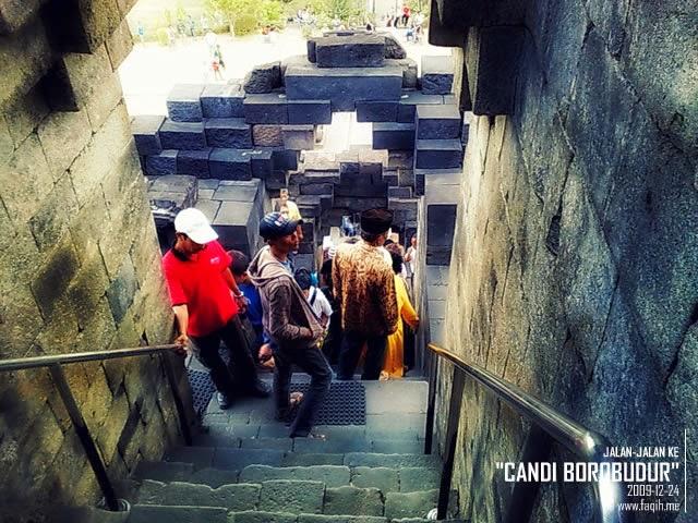 Lorong Pintu Candi Borobudur