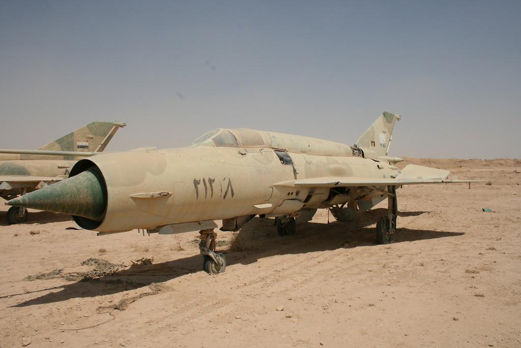 Irak - Página 2 IRAK+MIG-21BIS+21238+2