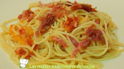 Espaguetis charcutier