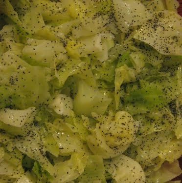 Steamed Cabbage with Butter and Poppy Seeds