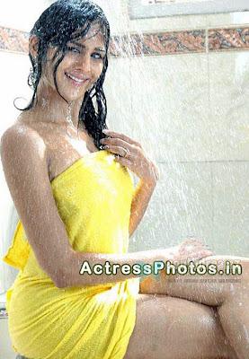 foto seksi abg mandi