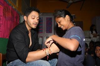 Shreyas Talpade celebrates Raksha Bandhan with 'The Akanksha Foundation' kids