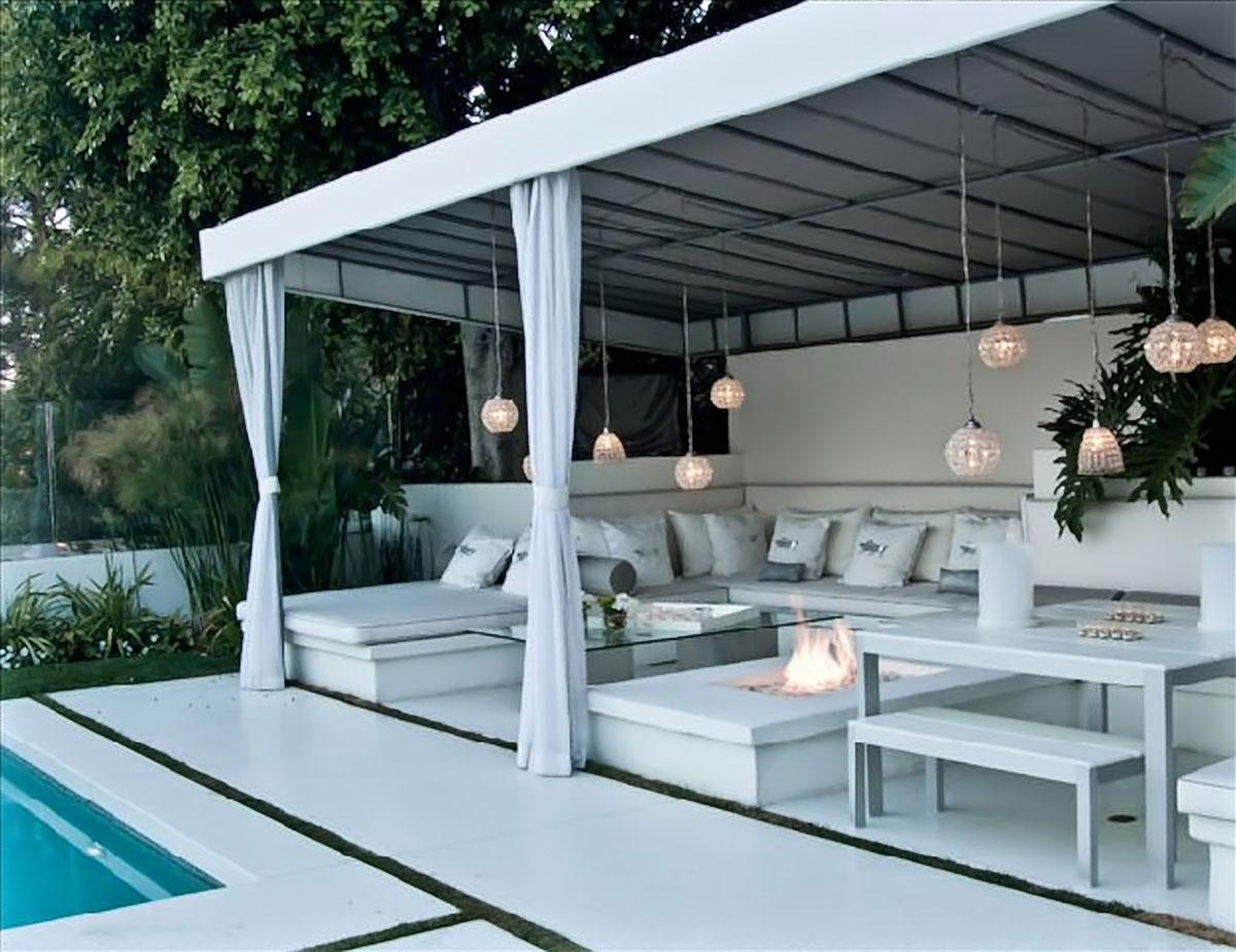 Perfect home cabanas de piscina pool cabanas for Pool house cabana