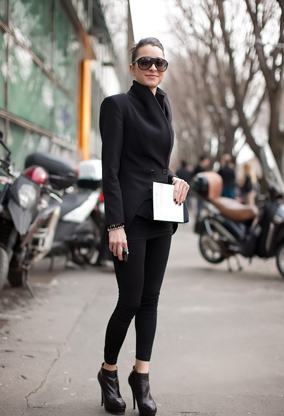 Chic and Silk: OUTFIT COMBINATION: Black+Black=Total Black!