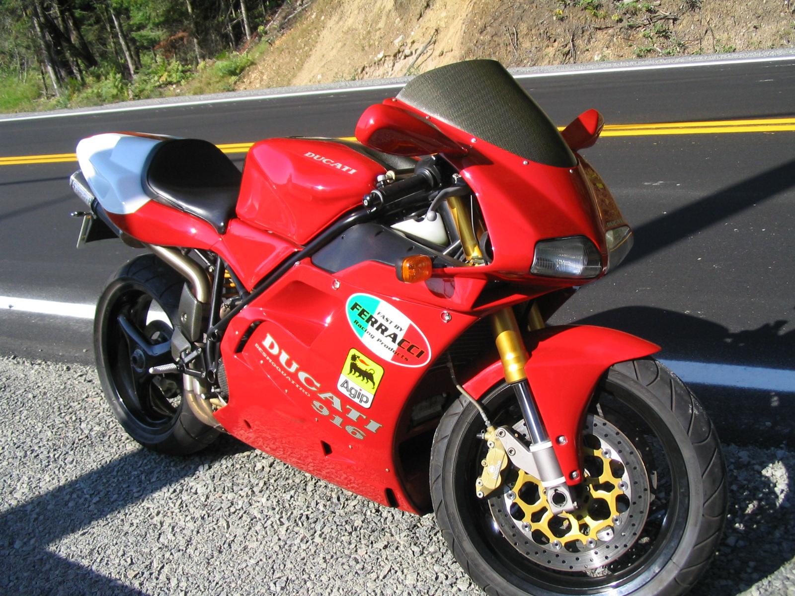Ducati 916 First Ride