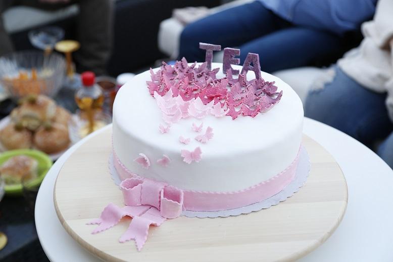 torte 8 geburtstag beliebte rezepte von urlaub kuchen foto blog. Black Bedroom Furniture Sets. Home Design Ideas