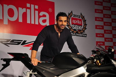 John-Abraham-new-Black-Aprilia-RSV4-photo-gallery