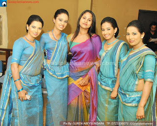 sl girls saree