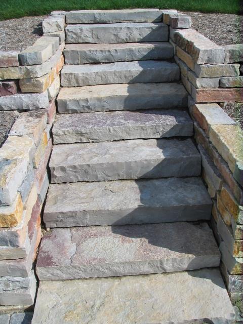 Building Stone Steps : Dry stone building